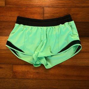 Lululemon hotty hot shorts dragonfly green 6